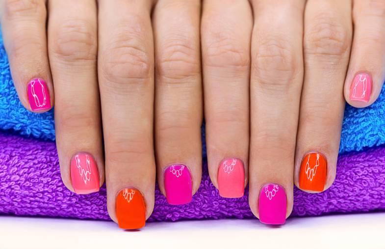 bunte naegel mit nagellack Bunte Fingernägel